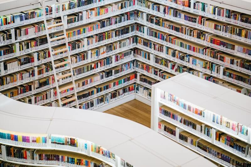 paginas-para-descargar-libros-legales